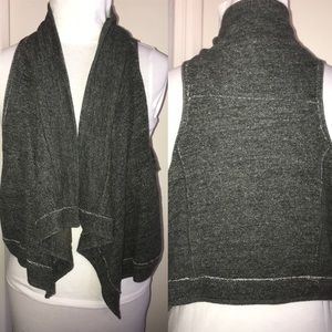 Abercrombie & Fitch Gray MEDIUM Womens vest draped